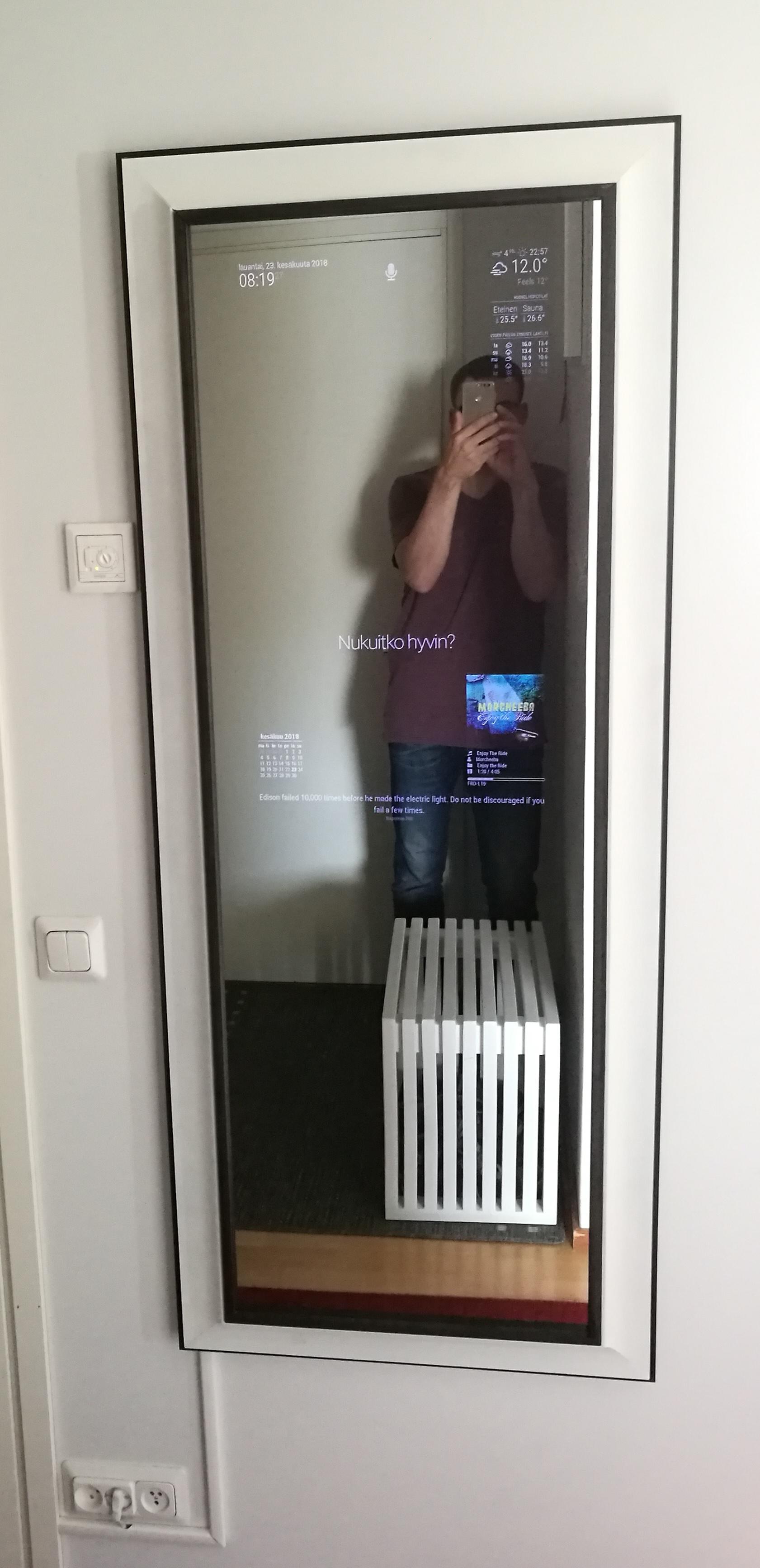 b w themed hallway mirror with 32 display magicmirror forum
